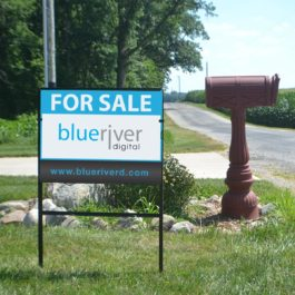 Real estate sign frame with single rider